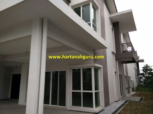 q Sutera Residence 1
