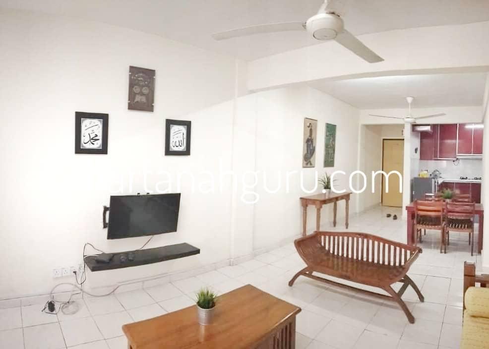 q qasidah apartment 3