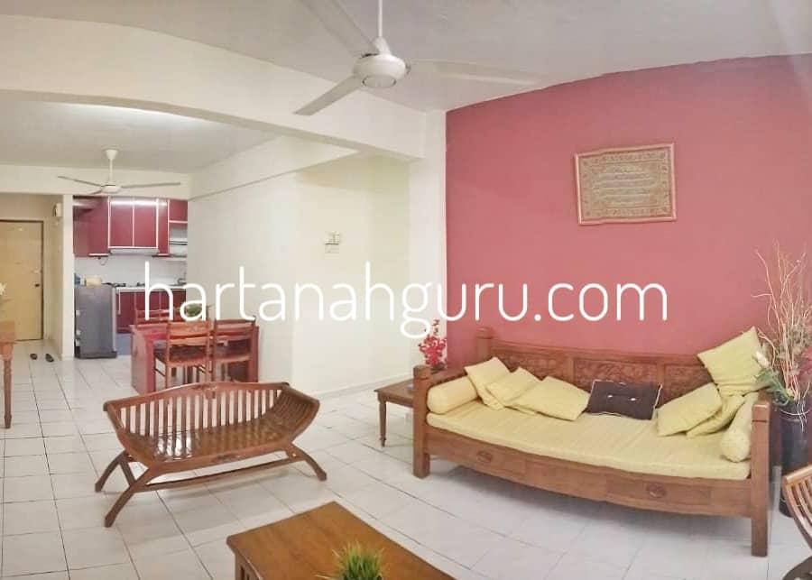 q qasidah apartment 8